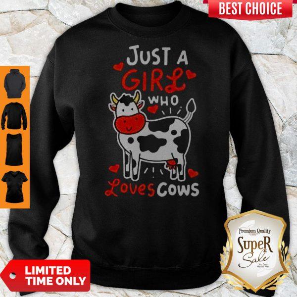 Top Girl Who Loves Cows Sweatshirt