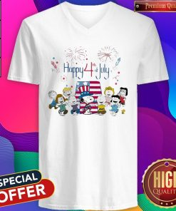Funny The Peanuts Happy 4th Of July American Flag V-neck