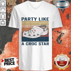 Premium Party Like A Croc Star Vintage V-neck
