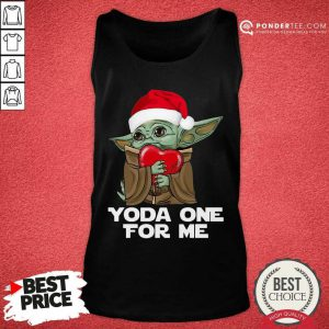 Santa Baby Yoda One For Me Hug Heart Christmas Tank Top - Desisn By Pondertee.com